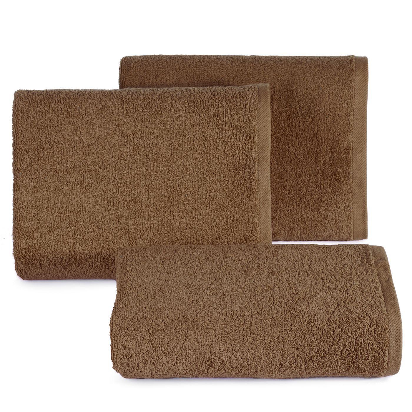 Gładki ręcznik kąpielowy brązowy 50x90 cm