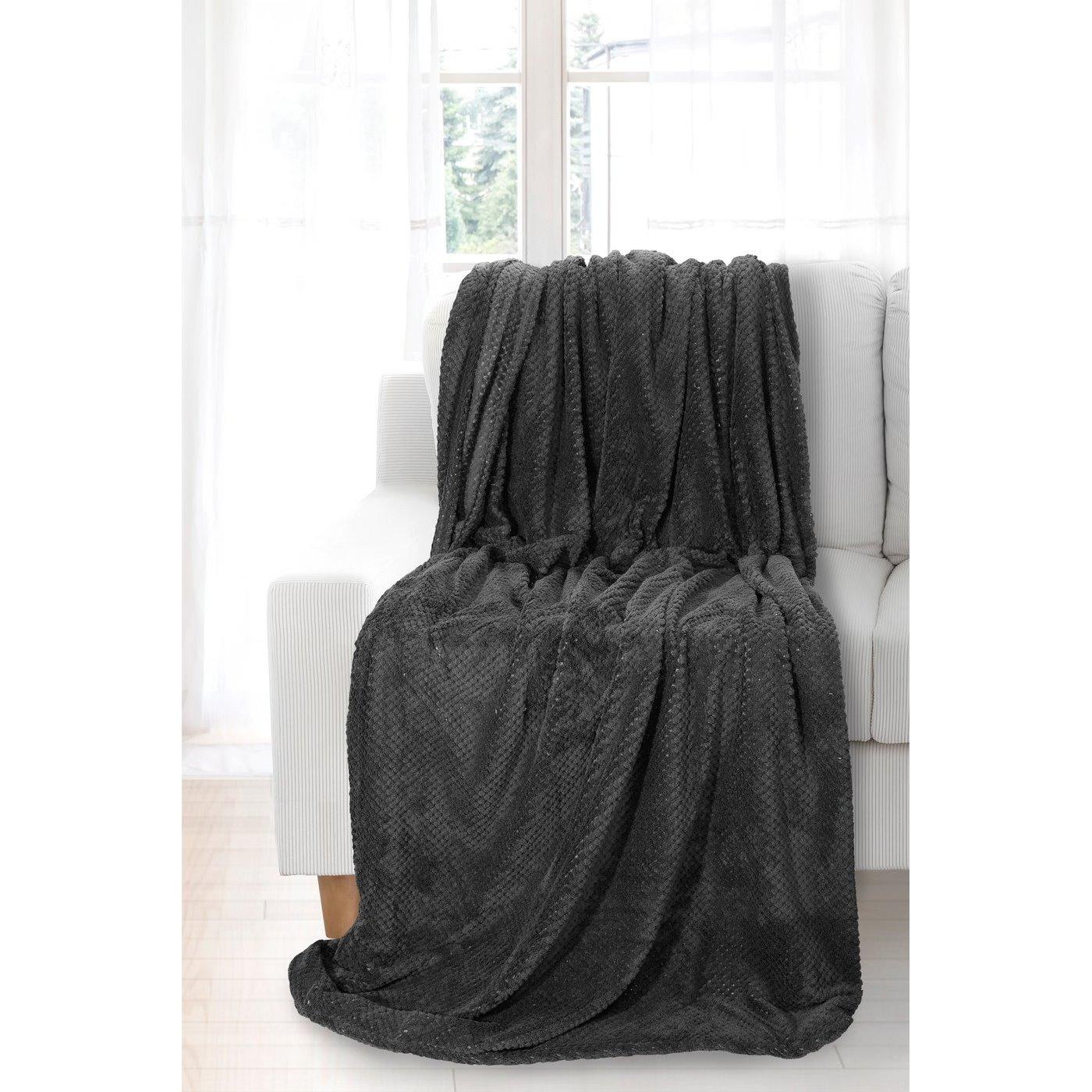 Koc miękki i puszysty jednokolorowy na fotel ciemnozielony 70x140 cm