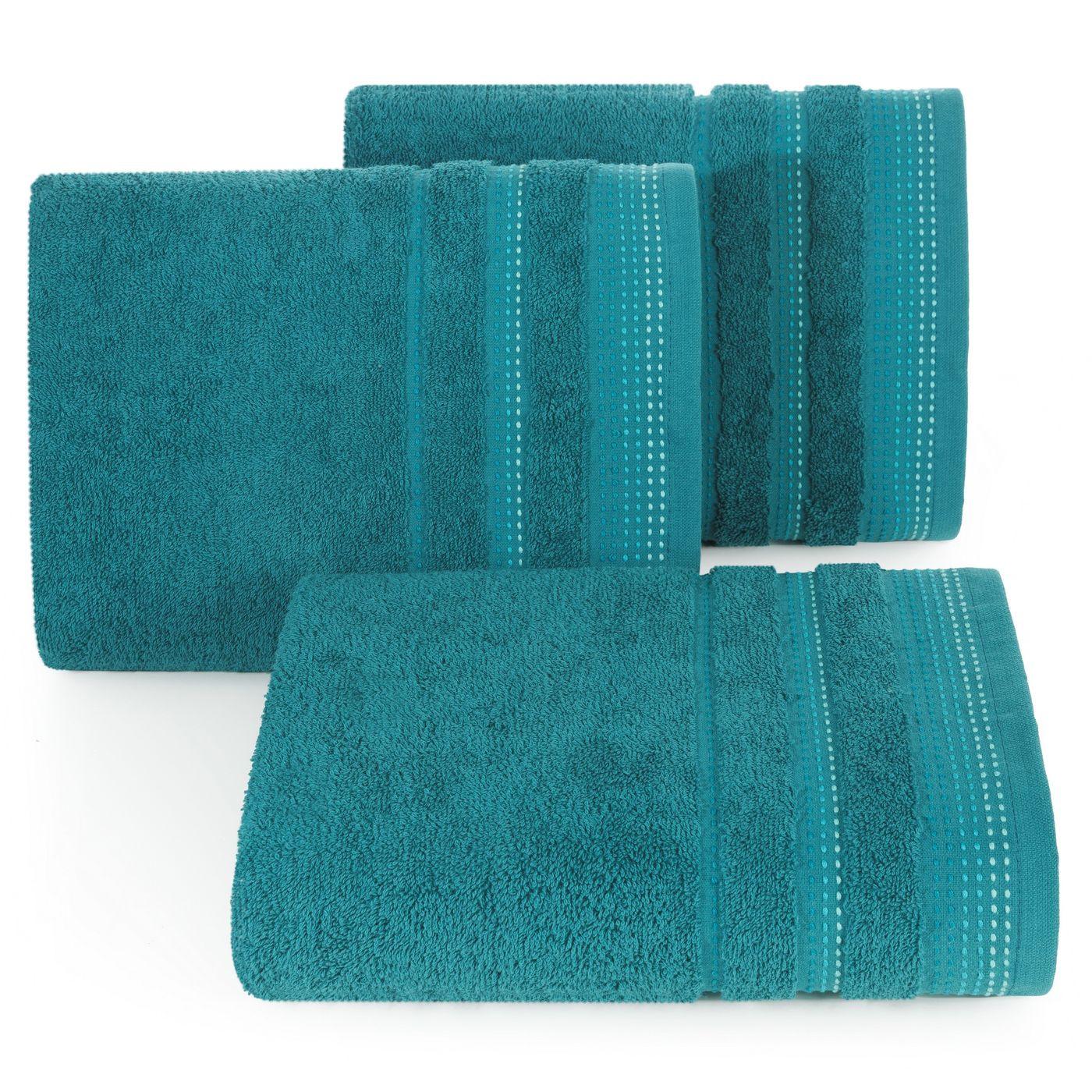 Ręcznik z bawełny z ozdobnym stebnowaniem 70x140cm