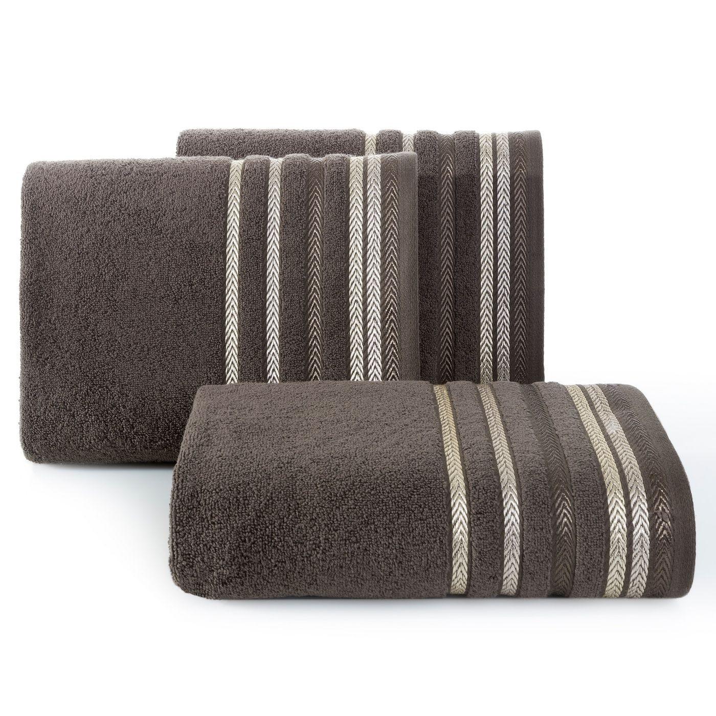 Ręcznik z bawełny z kolorowymi paskami w jodełkę 70x140cm brązowy