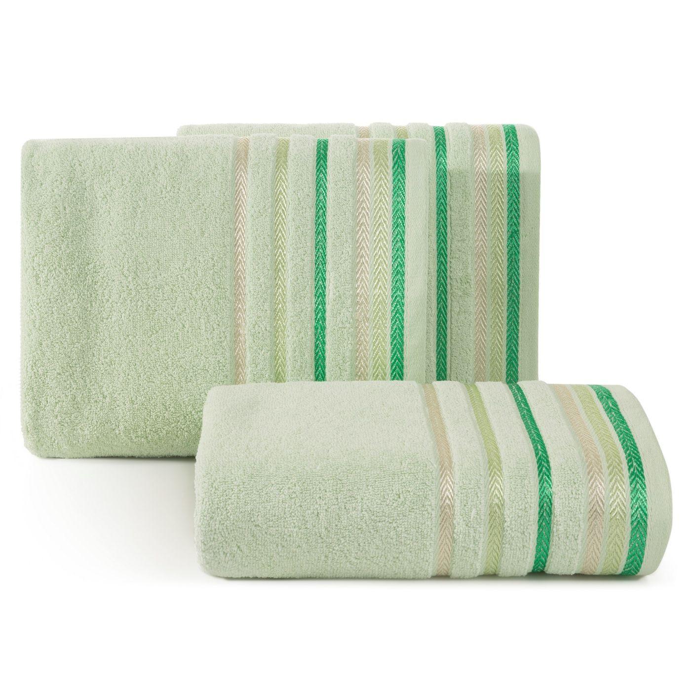 Ręcznik z bawełny z kolorowymi paskami w jodełkę 70x140cm jasnozielony