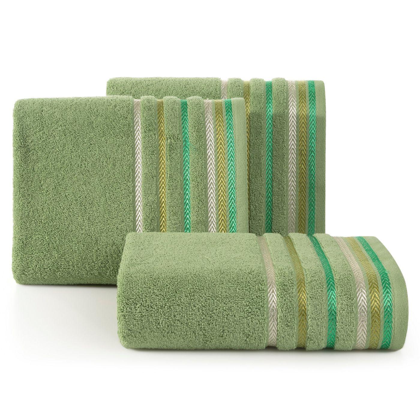 Ręcznik z bawełny z kolorowymi paskami w jodełkę 70x140cm zielony