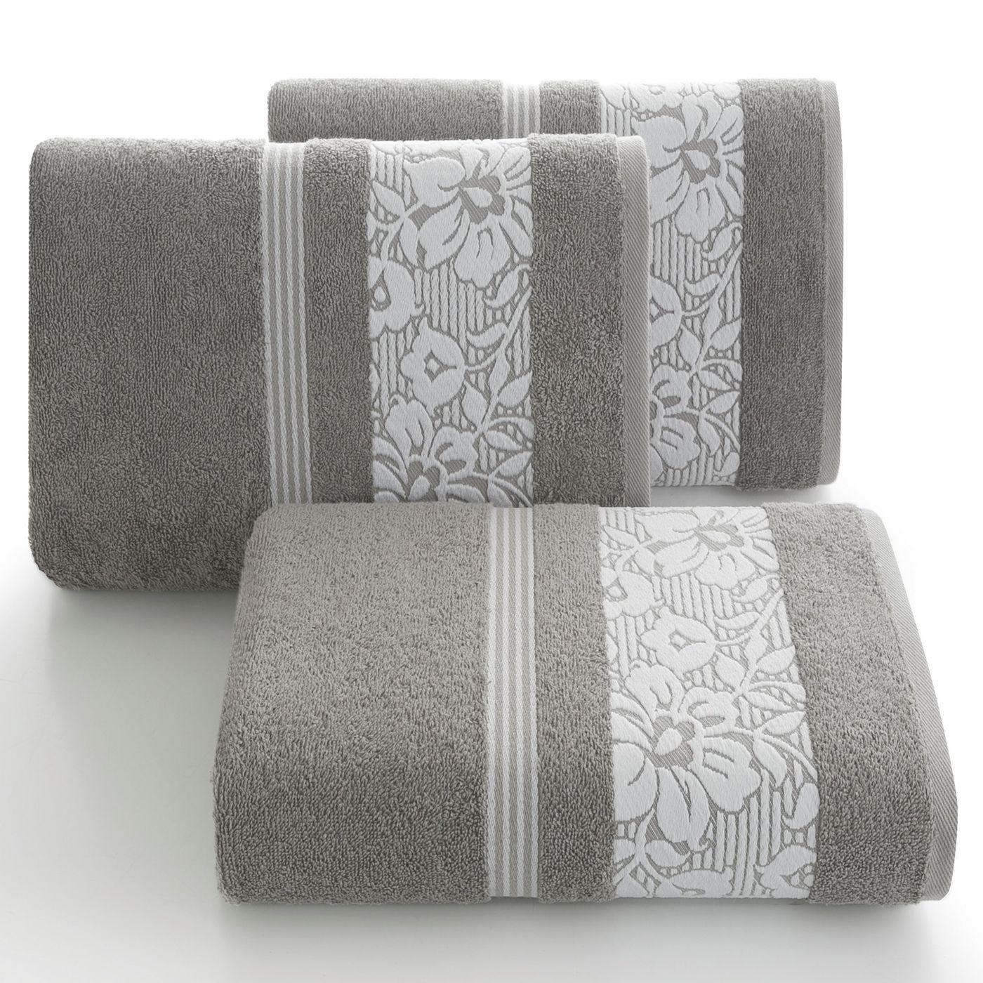 Ręcznik z bawełny z kwiatowym wzorem na bordiurze 70x140 jasnoszary