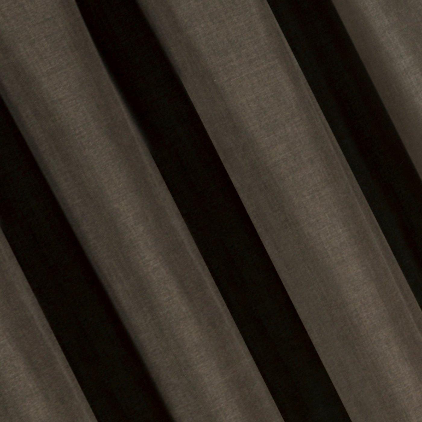 Brązowa gładka zasłona o strukturze płótna 140x270 cm przelotki