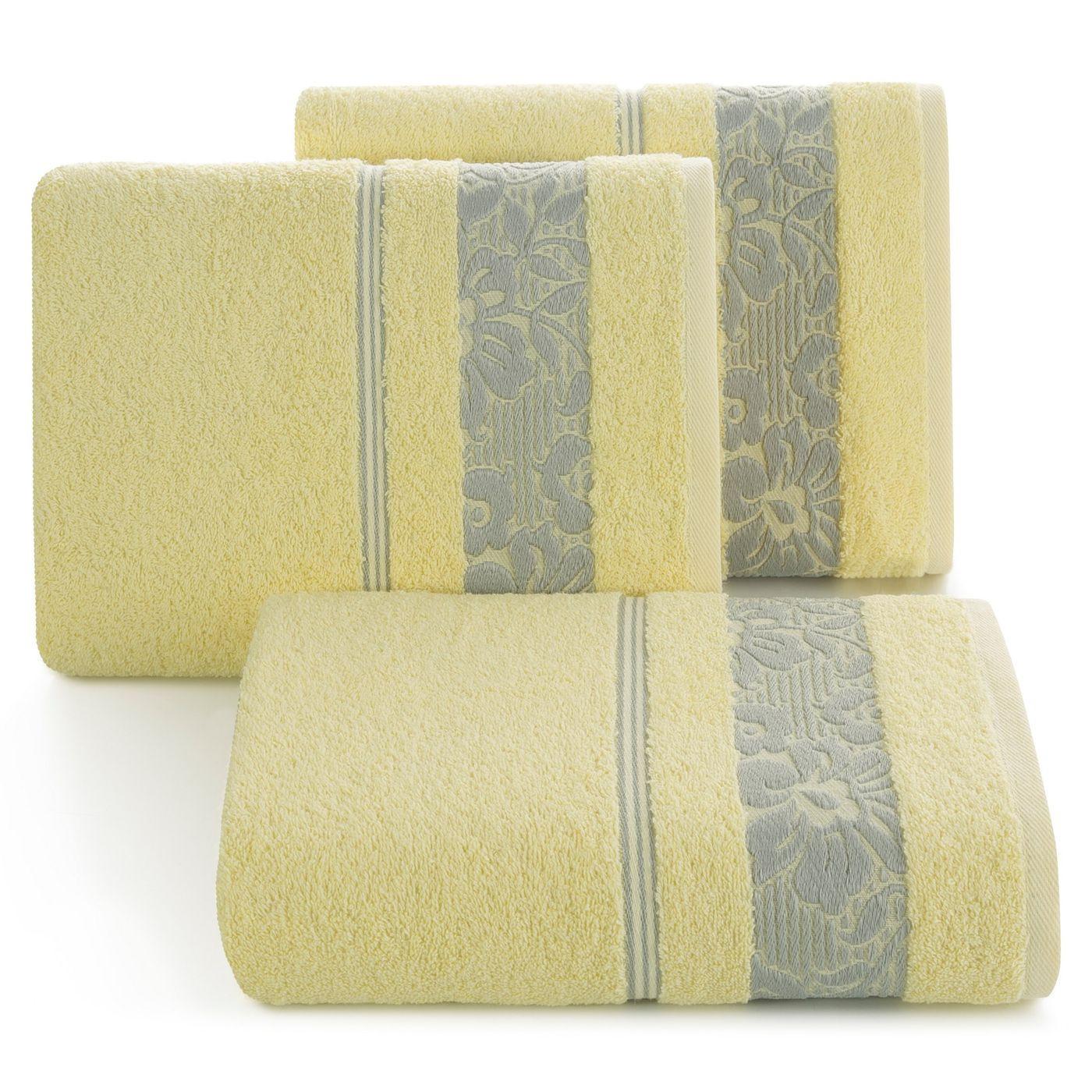 Ręcznik z bawełny z kwiatowym wzorem na bordiurze 70x140cm jasnożółty