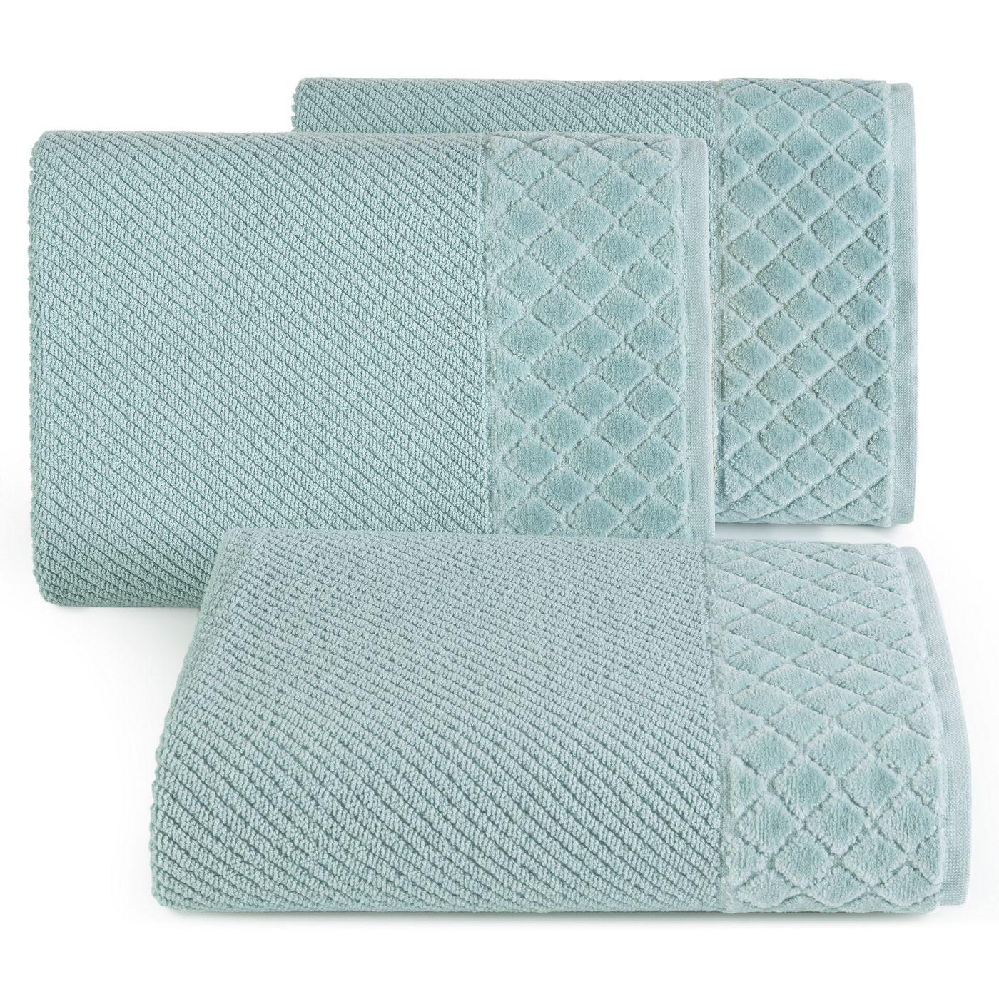 Ręcznik z bawełny z miękką bordiurą w kosteczkę 50x90cm miętowy