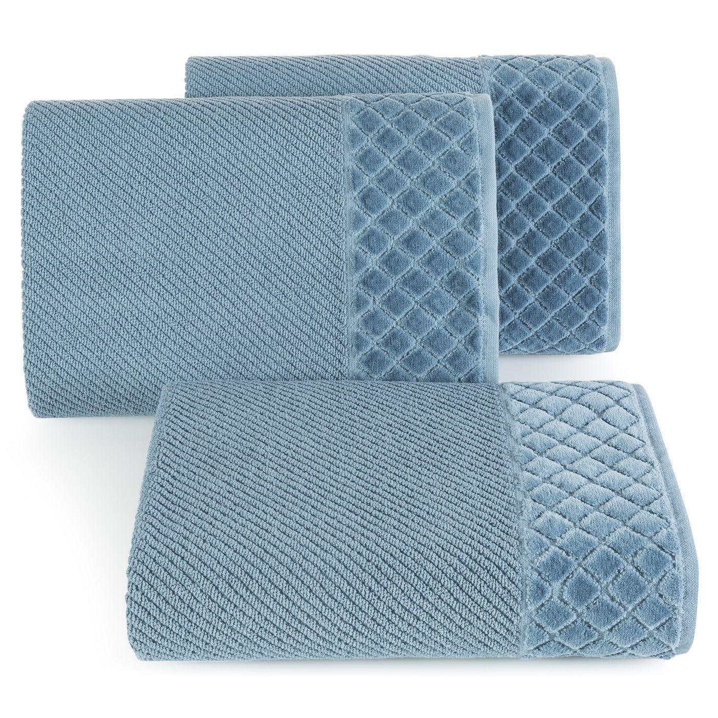 Ręcznik z bawełny z miękką bordiurą w kosteczkę 50x90cm ciemnoniebieski