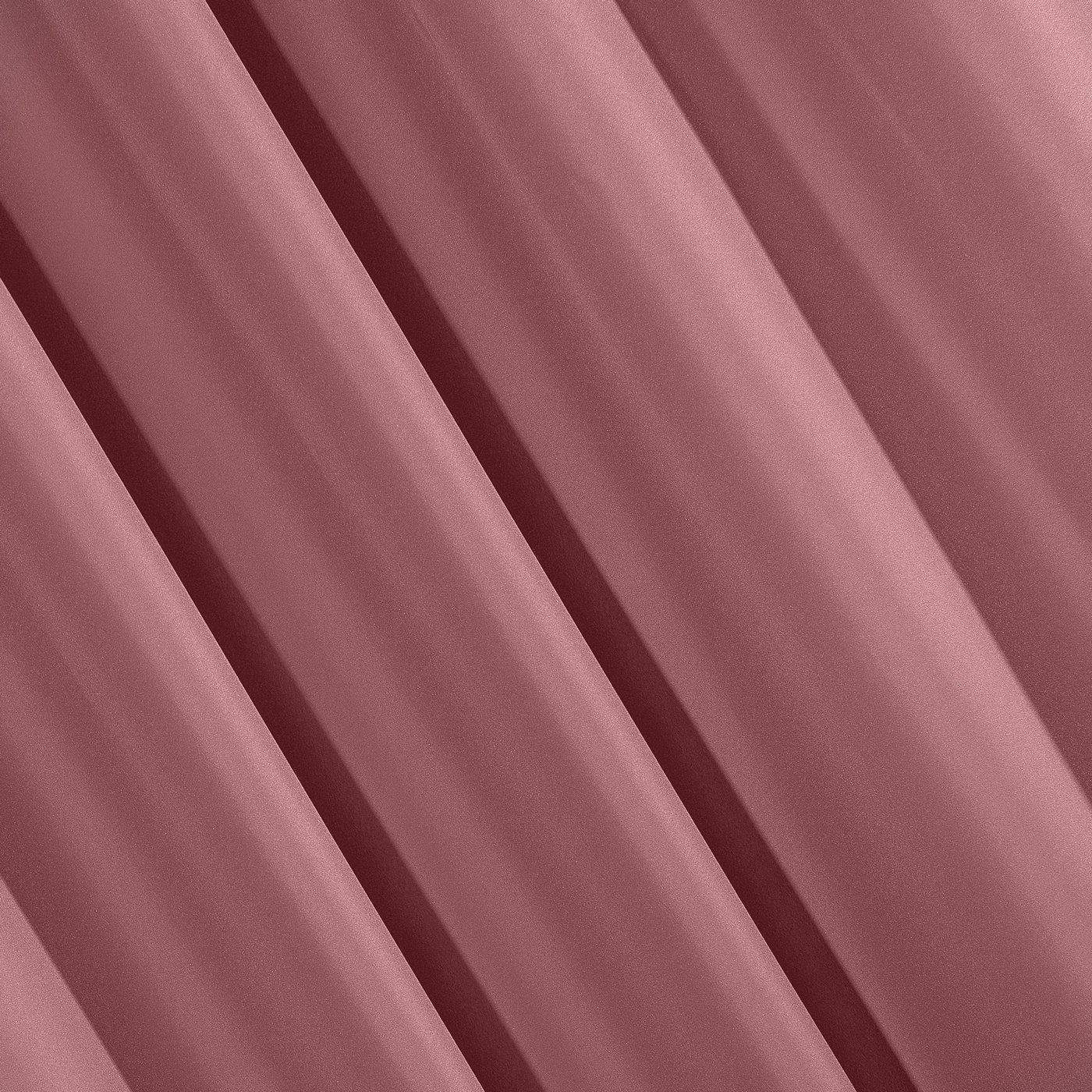 Ciemnoróżowa gładka zasłona z matowej satyny 140x250 przelotki