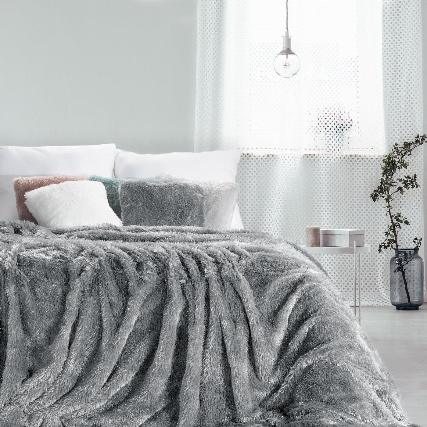 Stalowy koc futerkowy Tiffany ze srebrną nicią 150x200 cm Design91
