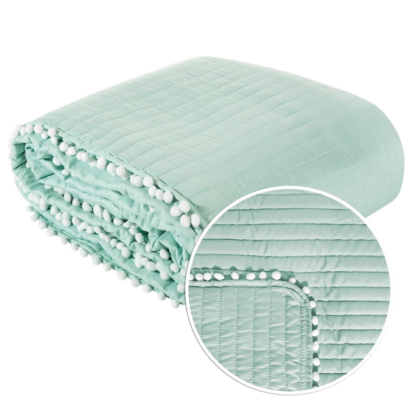 Narzuta na łóżko pikowana pomponiki 220x240 cm miętowa