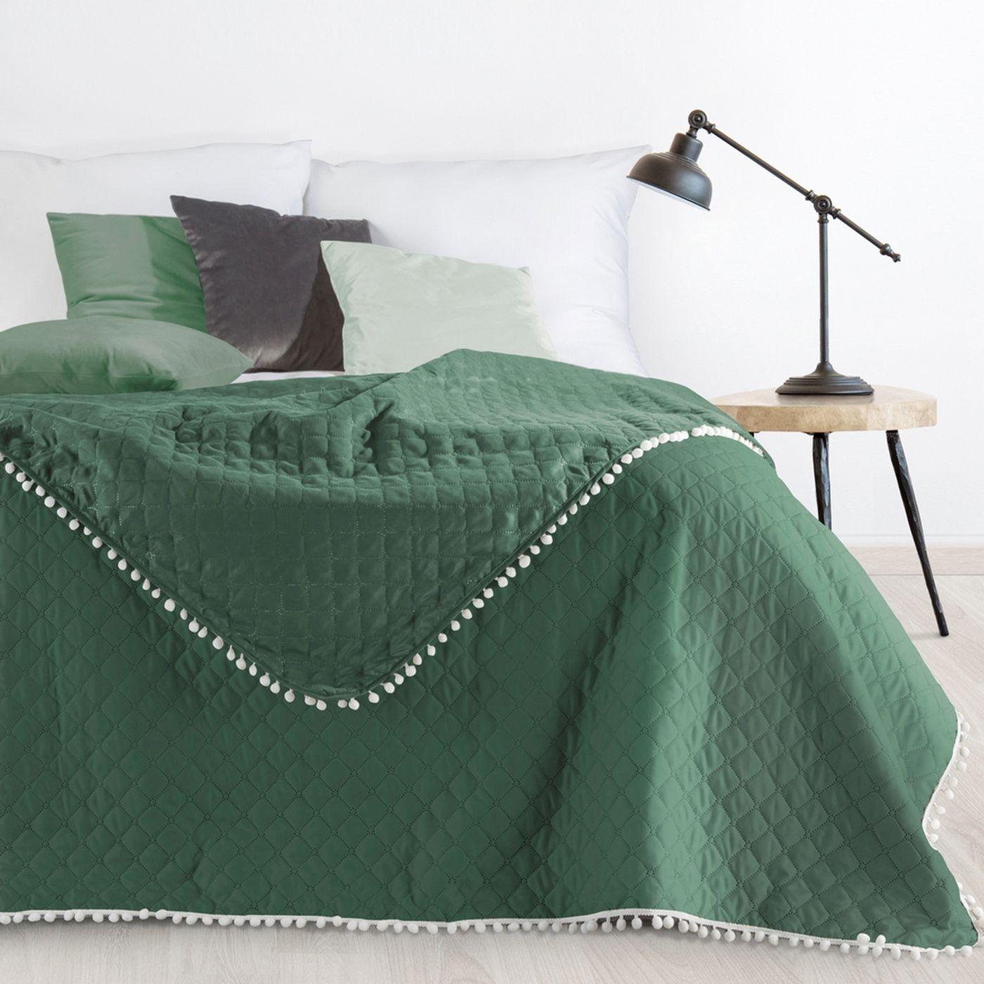 Narzuta zdobiona na brzegach pomponami termozgrzewana zielony 220x240cm