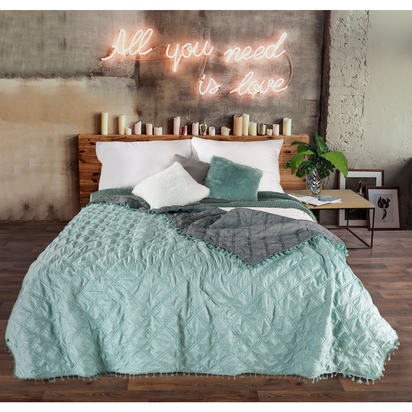 Narzuta na łóżko przeszywana dwustronna 170x210 cm miętowo-stalowa