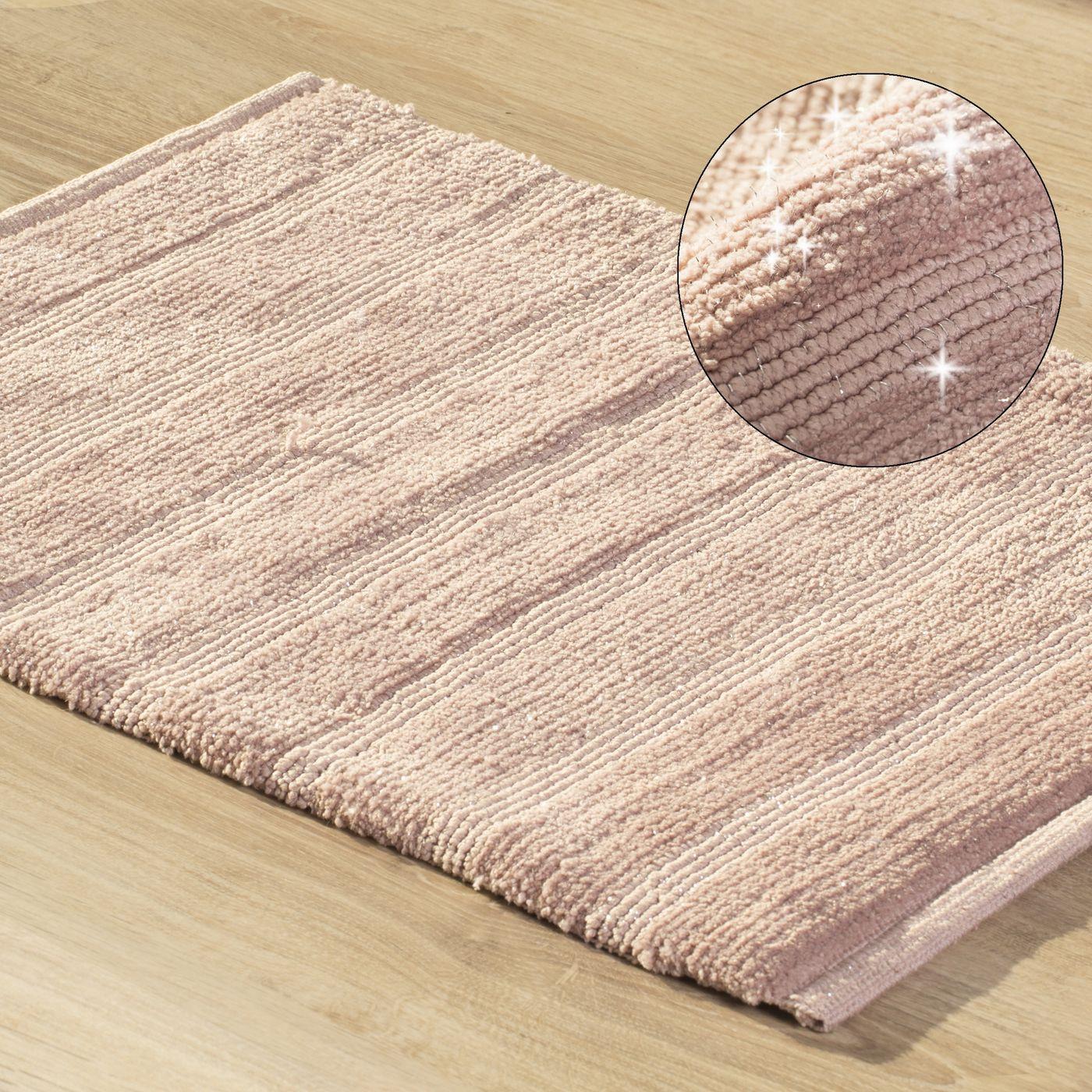 Łazienkowy dywanik w paski splot pętelkowy różowy 50x70 cm