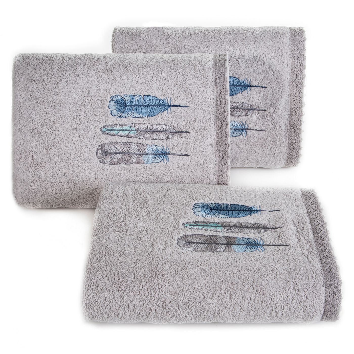 Haftowany ręcznik kąpielowy z motywem piór srebrny 70x140 cm
