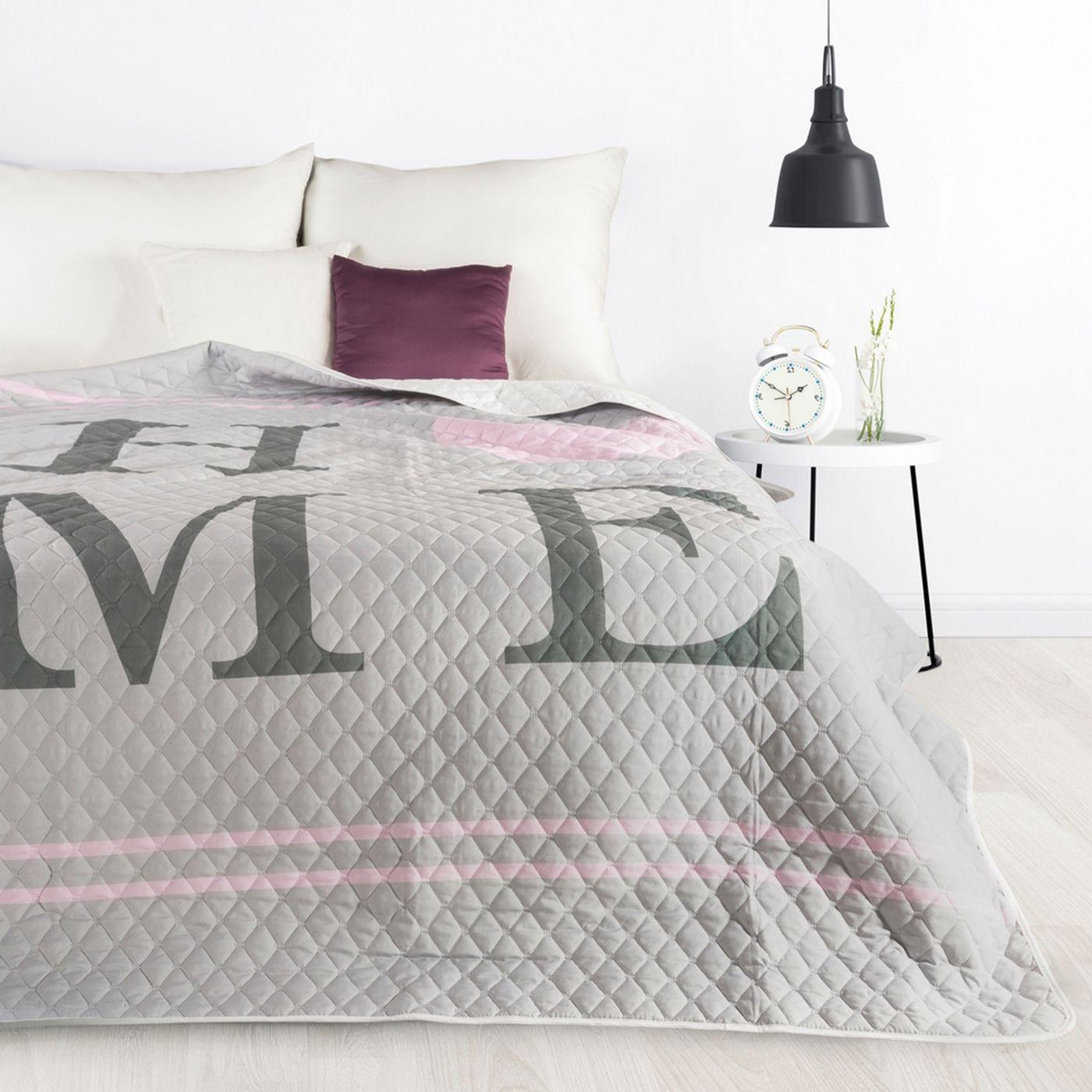 Pikowana narzuta srebrno-różowa z nadrukiem 170x210 cm