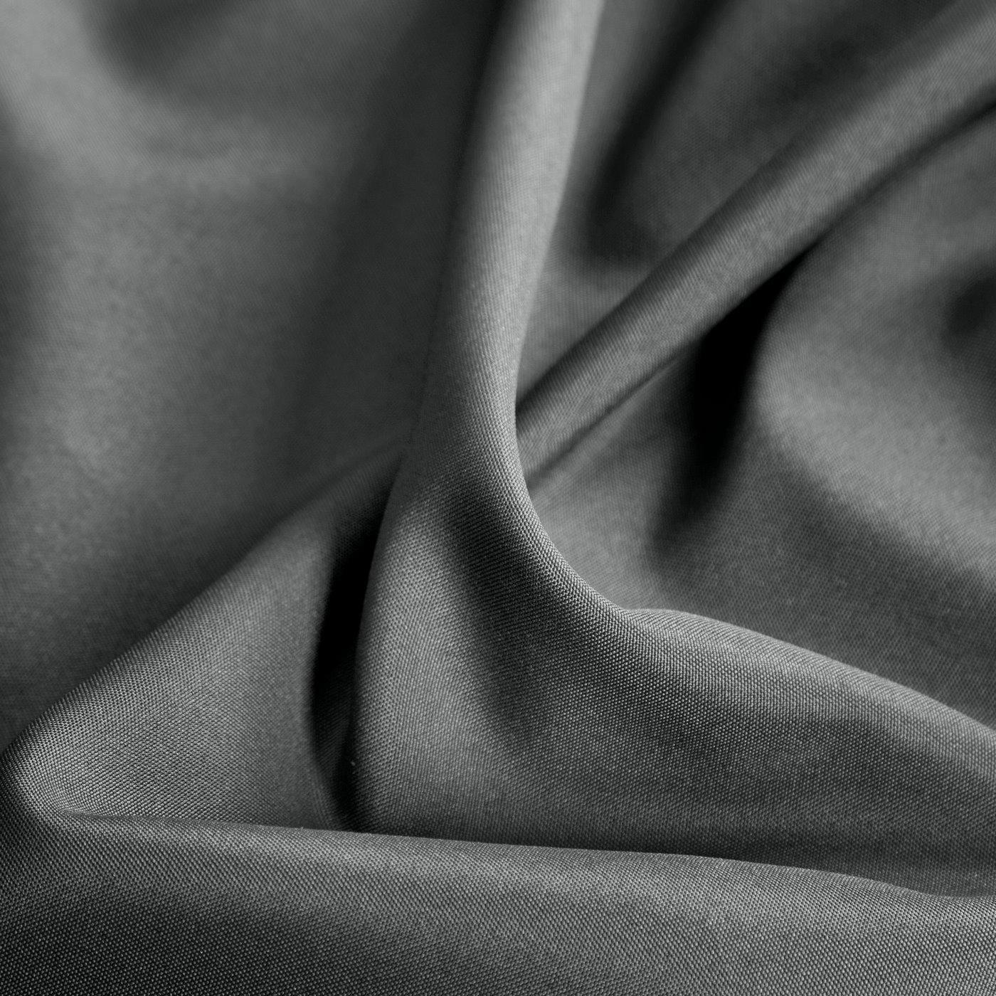 Zasłona gładka GRAFITOWA przelotki 140x250 cm