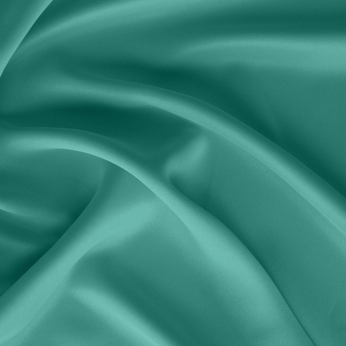 Gładka turkusowa zasłona zaciemniająca 135x250 na przelotkach