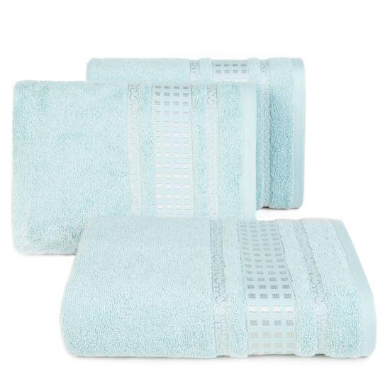 Ręcznik z haftowaną bordiurą w kosteczki błękitny 50x90 cm - 50 X 90 cm - niebieski