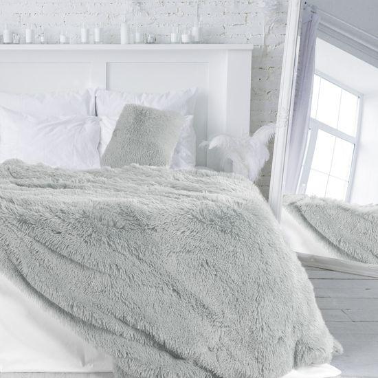 Srebrna NARZUTA FUTERKOWA na łóżko wersalkę 200x220 cm - 200x220