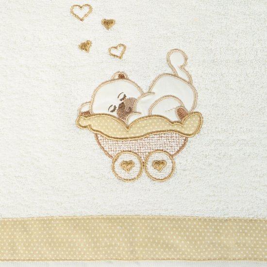 Ręcznik dziecięcy z aplikacją z aplikacją z beżowym misiem 50x90cm - 50 X 90 cm