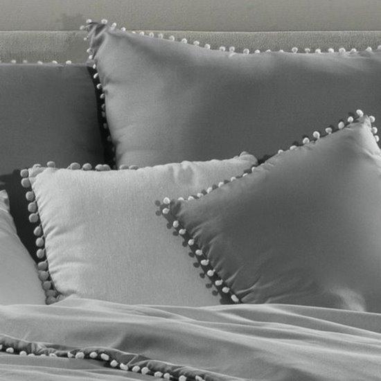 Komplet pościeli z MIKROFIBRY 160 x 200 cm, 2 szt. 70 x 80 cm, stalowa z pomponikami  - 160x200+70x80/2