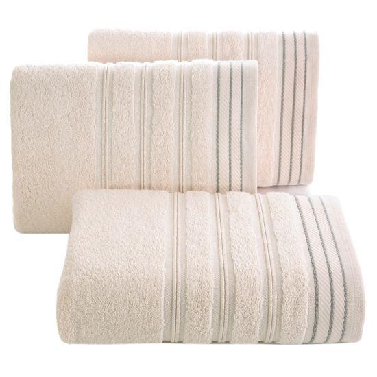 Ręcznik z bawełny z częścią ozdobną przetykaną błyszczącą nicią 70x140cm - 70 X 140 cm - różowy