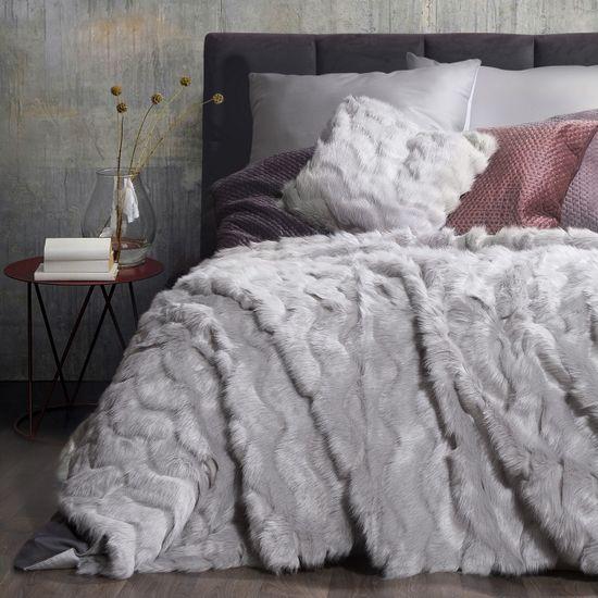 Narzuta na łóżko miękkie futerko 150x180 cm stalowa - 150 X 180 cm