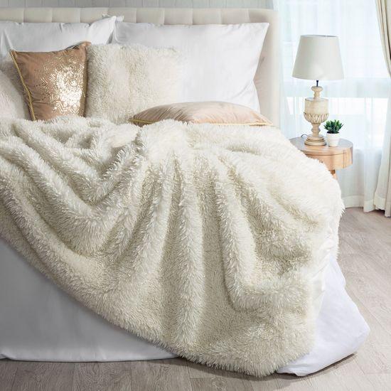 Narzuta na łóżko puszyste futerko 150x200 cm kremowa - 150 x 200 cm