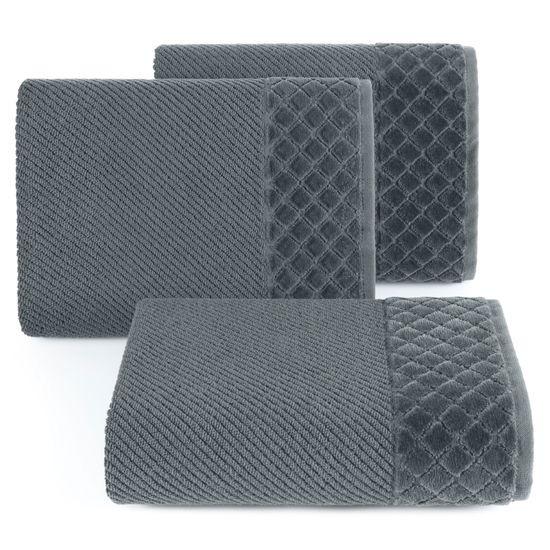 Ręcznik z bawełny z miękką bordiurą w kosteczkę 70x140cm kremowy - 70 X 140 cm - stalowy