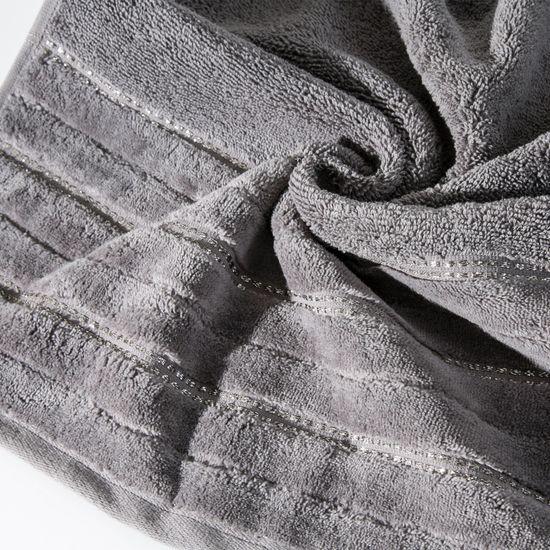 Srebrny ręcznik kąpielowy z metaliczną nicią - 50x90 cm - 50 X 90 cm - srebrny