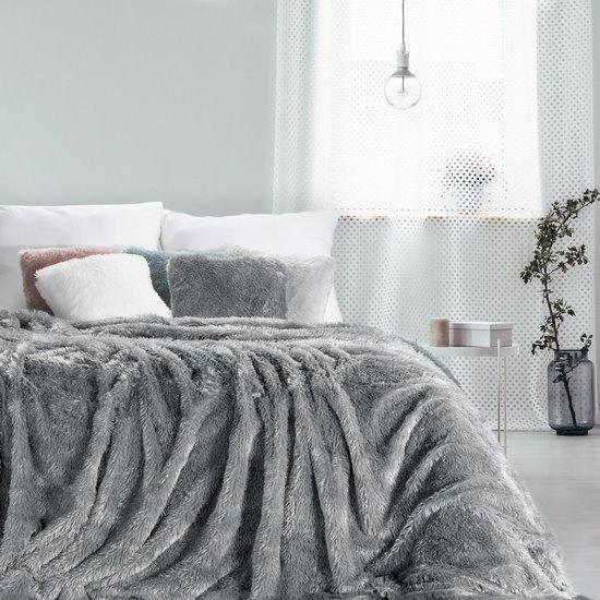 Stalowy koc futerkowy Tiffany ze srebrną nicią 150x200 cm Design91 - 150 X 200 cm - stalowy