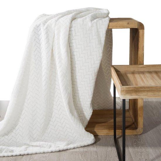 Koc miękki i miły w dotyku na fotel z efektem 3D kremowy 70x160cm - 70 X 160 cm