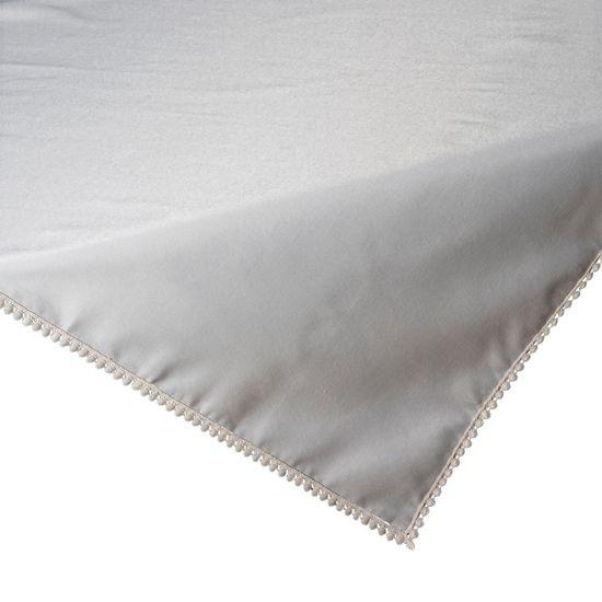 Srebrny obrus z pomponami kolekcja Premium 80x80 cm - 80 X 80 cm