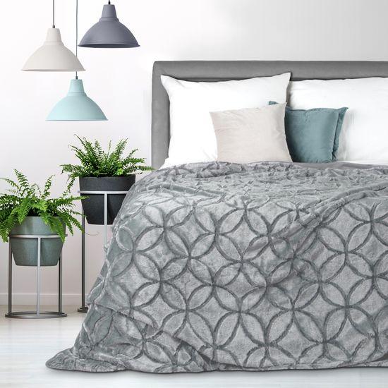 Narzuta futerko na łóżko srebrny szary 170x210 cm - 170 X 210 cm