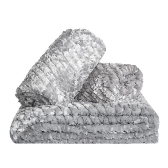 AMBER koc z mikroflano z efektem 3D srebrny 170x210 cm Design91 - 170x210 - Srebrny