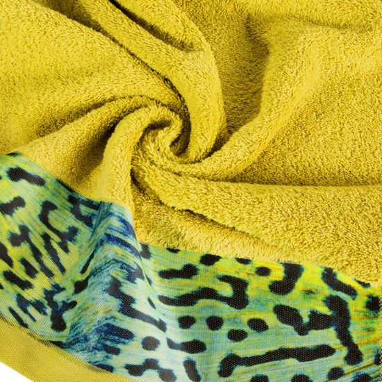 Ręcznik kąpielowy - mój wybór Eva Minge - musztardowy i zwierzęcy wzór 70x140 cm - 70x140