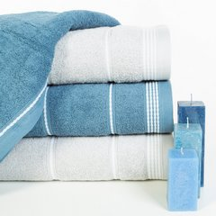 Ręcznik z bawełny ze sznurkowym zdobieniem 70x140cm - 70 X 140 cm - zielony 9