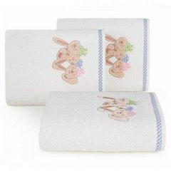 Dziecięcy ręcznik z króliczkami niebieski 50x90 cm - 50 X 90 cm - kremowy 1