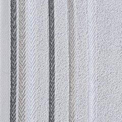 Ręcznik z bawełny z kolorowymi paskami w jodełkę 70x140cm popielaty - 70 X 140 cm - srebrny 10
