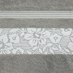 Ręcznik z bawełny z kwiatowym wzorem na bordiurze 70x140 jasnoszary - 70 X 140 cm - stalowy 4