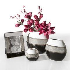 Świecznik ceramiczny biało-czarny z kryształkami glamou - 21 X 11 X 21 cm - biały/czarny 3