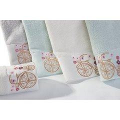Ręcznik z haftem na bordiurze rower i kwiaty 50x90cm - 50 X 90 cm - niebieski 3