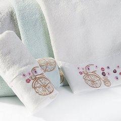 Ręcznik z haftem na bordiurze rower i kwiaty 50x90cm - 50 X 90 cm - niebieski 2