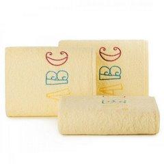 Ręcznik dziecięcy z haftowaną aplikacją z literkami 30x50cm - 30 X 50 cm - żółty 1