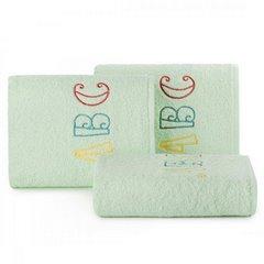 Ręcznik dziecięcy z haftowaną aplikacją z literkami 30x50cm - 30 X 50 cm - miętowy 1