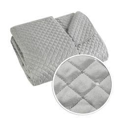 Narzuta na łóżko miękka zdobiona cekinami 170x210 cm srebrna - 170 X 210 cm - srebrny 6