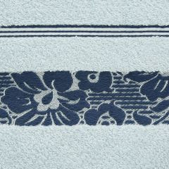 Ręcznik z bawełny z kwiatowym wzorem na bordiurze 70x140cm niebieski - 70 X 140 cm - niebieski 8