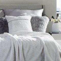 Poszewka na poduszkę 45 x 45 cm szara futerko z połyskującym paskiem  - 45 X 45 cm - srebrny 2
