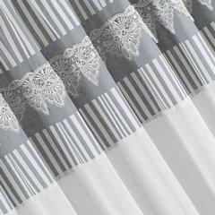 Zasłona srebrno biała z piękną koronką 140 x 250 cm na taśmie - 140 X 250 cm - biały/stalowy 3