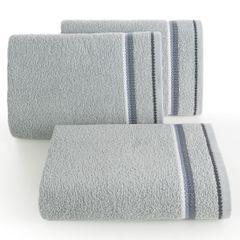 Ręcznik z tęczowym haftem na bordiurze 70x140cm - 70 X 140 cm - srebrny 1